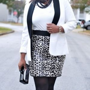 The Limited black and white sequin sz 4 skirt